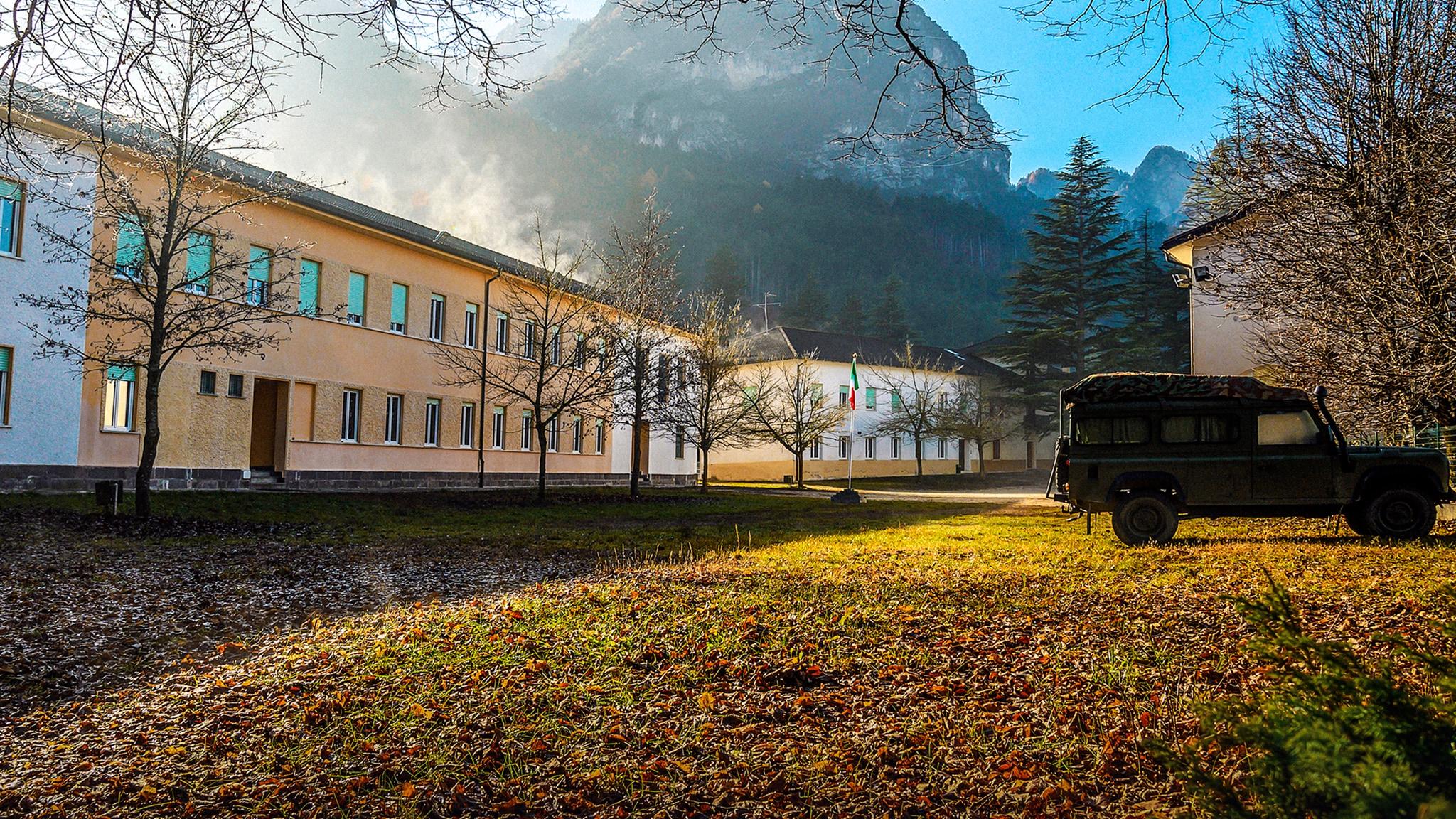 Rai Gulp La Caserma - S1E4 - Camminando nella storia