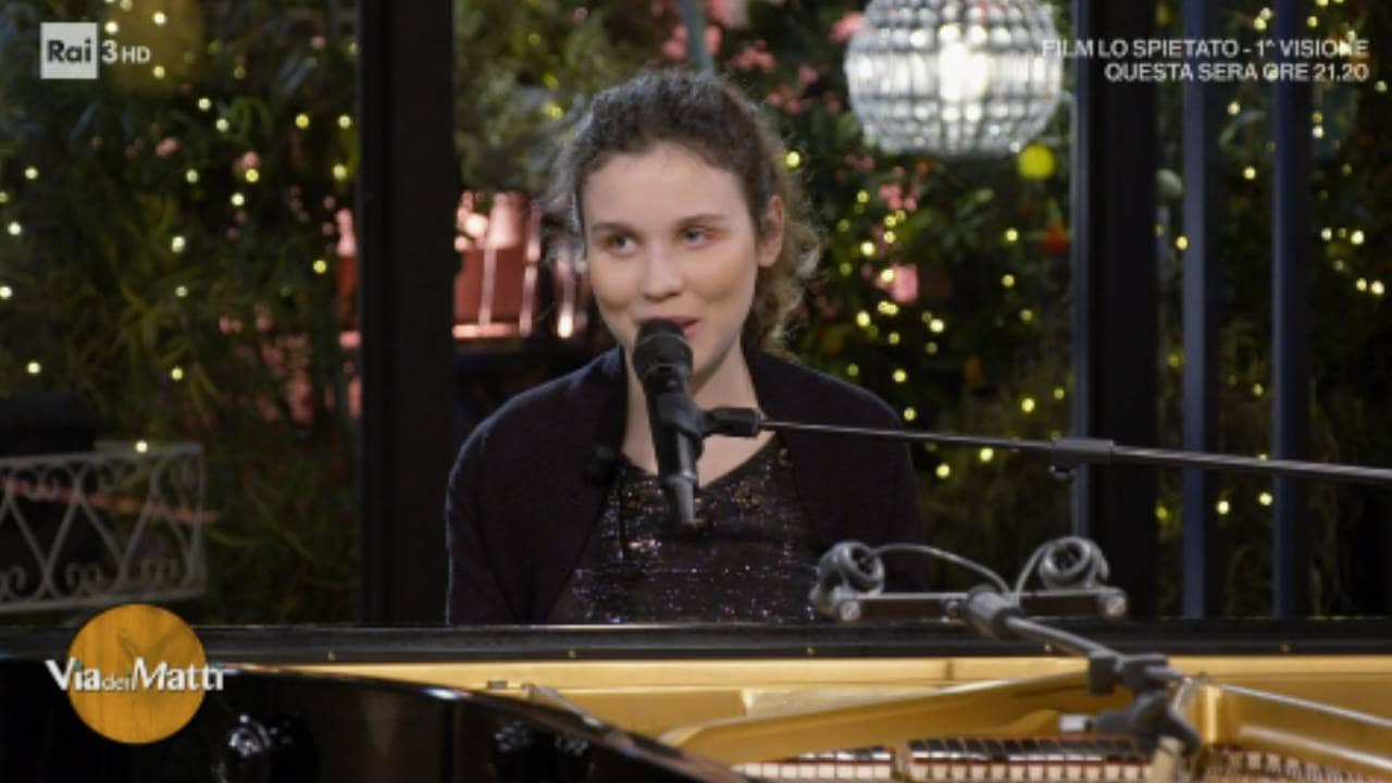 Via Dei Matti n°0 - S2021 - Frida Bollani - Musica e talento - Video -  RaiPlay