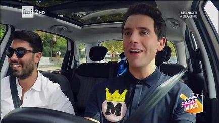Stasera Casamika S2016 Taxi Problemi Di Guida A Napoli Video Raiplay