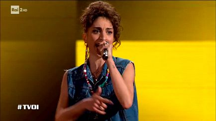 "The Voice of Italy - Huntress D: ""California Love"" - Blind Auditions - RaiPlay"