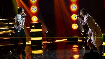 The Voice of Italy - Andrea Berté VS Trisss - The Battle - RaiPlay